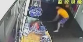 Hindistan'da Hırsız Dehşeti