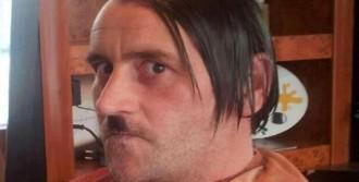 Hitler Bıyığı, Pegida Liderini İstifa Ettirdi