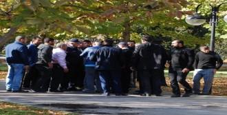 İki Grup Birbirine Girdi: 10 Gözaltı