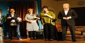 İnadına Tiyatro Festivali Başladı