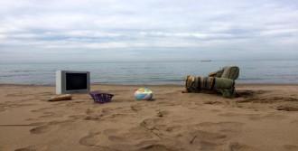 İnkum Sahilinde Atık Kirliliği