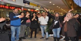 İranlı Yolculardan Protesto