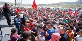 Türk Kurultayı'nda Türkü Okudu