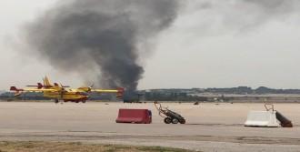 'F-18 Savaş Uçağı Düştü'