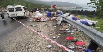 Isparta'da Minibüs Devrildi: 15 Yaralı