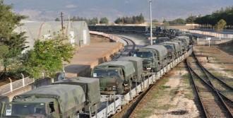 İstanbul'dan Askeri Araç ve Personel Sevkiyatı
