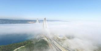 İstanbul'un Karadeniz Kıyılarında Sis Etkili Oluyor