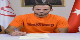 İzmir Bal Spor Öner'le Yollarını Ayırdı