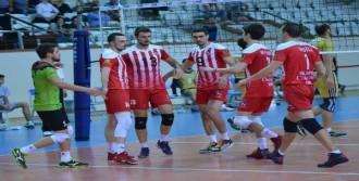İzmir Bal Spor'un Gozu Koltukta