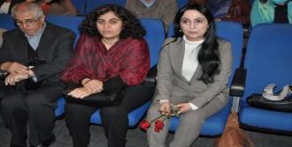 İzmir'de 'Özyönetim'i Tartıştılar