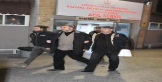 İzmir'de Sosyal Medyadan Terörü Öven 8 Kişi Tutuklandı