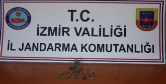 İzmir'de Tarihi Eser Kaçakçısı Özbek Kadına Gözaltı