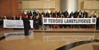 İzmirli Avukatlar Terörü Kınadı