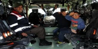 Jandarma, Köy Çocuklarını Gezdirdi