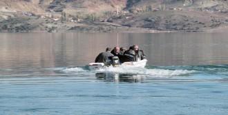 Kaçak Balık Avına Sıkı Takip