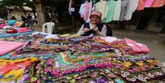 Kadın El Emeği Pazarı Yaz Boyunca Açık Kalacak