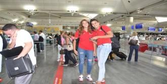Kadın Voleybol Milli Takımı İtalya'ya Gitti