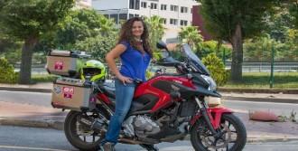 Motosikletiyle 10 Ülkeyi Dolaştı