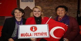 Kadınlar 8 Mart'ta Urla'da Bir Araya Geldi