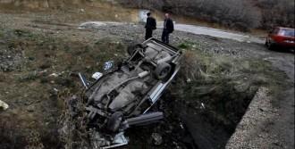 Kamyondan Dökülen Mıcır Kaza Yaptırdı