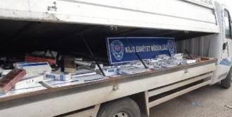 Kamyonette Kaçak Sigaraya Gözaltı