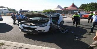 Kamyonla Çarpışan Cipin Sürücüsü Öldü