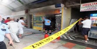 Hediyelik Eşya Dükkanında Yangın Çıktı