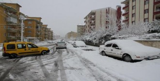 Kar Balıkesir'i Yine Vurdu