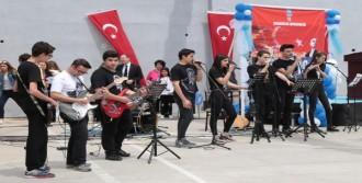 Karabağlar'da 19 Mayıs Kutlaması