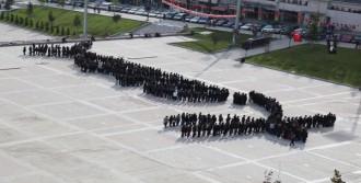 Karabük'te 500 Kişi Atatürk İmzası Oluşturdu