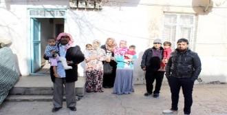 Suriyeli Aile, Eve Yerleştirildi