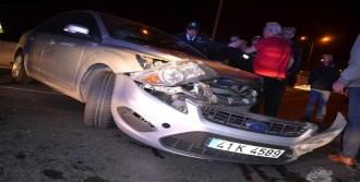 Karamürsel'de Kaza: 2 Yaralı