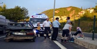 Karamürsel'de Kaza: 3 Yaralı
