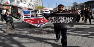 'Kardeşine Sahip Çık' Yürüyüşüne 20 Kişi Katıldı