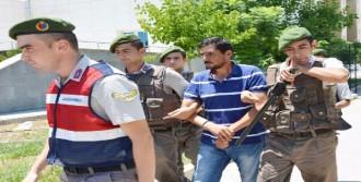 Kardeşlerini Öldüren Ağabey Tutuklandı
