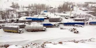 Karlıova'da Çığ Düştü