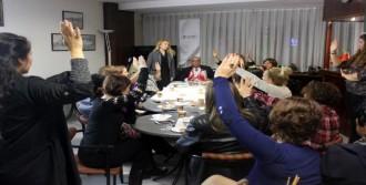 Karşıyakalı İş Kadınları Örgütlendi