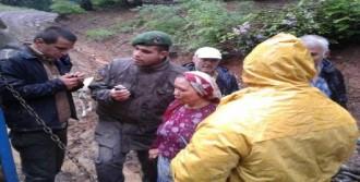 Kaybolan Kadın Bir Gün Sonra Ormanda Bulundu