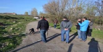 Kayıp Çocuk Köpeklerle Arandı
