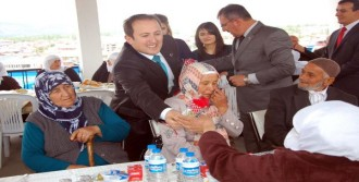 Köylerde Yaşayan Annelere Yemek