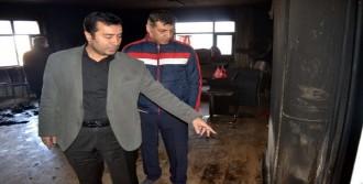 CHP İlçe Binasının Kundaklandığı Öne Sürüldü