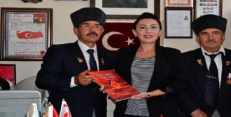 Kıbrıs İzmir Konsolosu'ndan İadeyi Ziyaret
