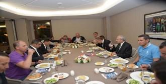 Kılıçdaroğlu, Gazilerle İftarda Bir Araya Geldi