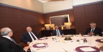 Kılıçdaroğlu, Ümit Özdağ İle İftarda Bir Araya Geldi