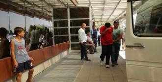 Suriye'ye Geçmeye Çalışan 12 Kişi Yakalandı