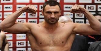 Klitschko'nun Kemeri Alındı