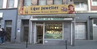 Köln'de Türk Kuyumcuya Soygun