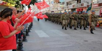 Komandolar Bolu'yu İnletti