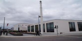 Kopenhag'daki 'Tartışmalı' Cami Açıldı
