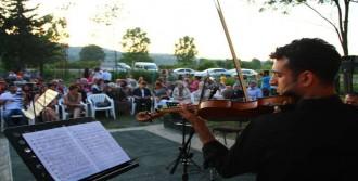 Köy Yerinde Opera